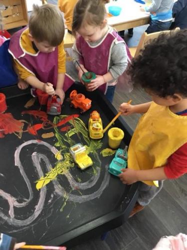 WDN Messy play painting